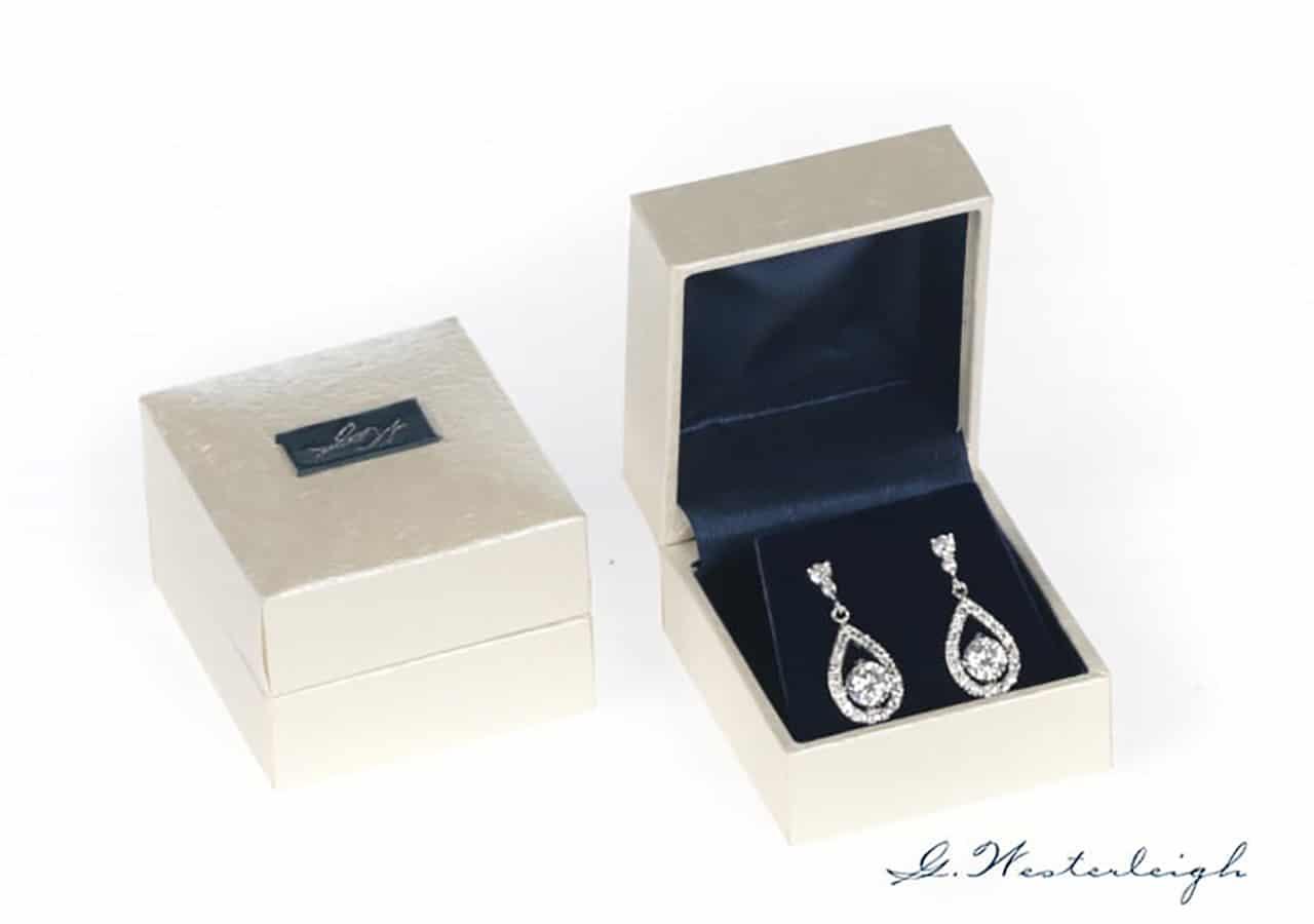 Earrings small box