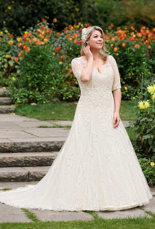 Fantastisch Maui Brautkleider Bilder - Hochzeit Kleid Stile Ideen ...