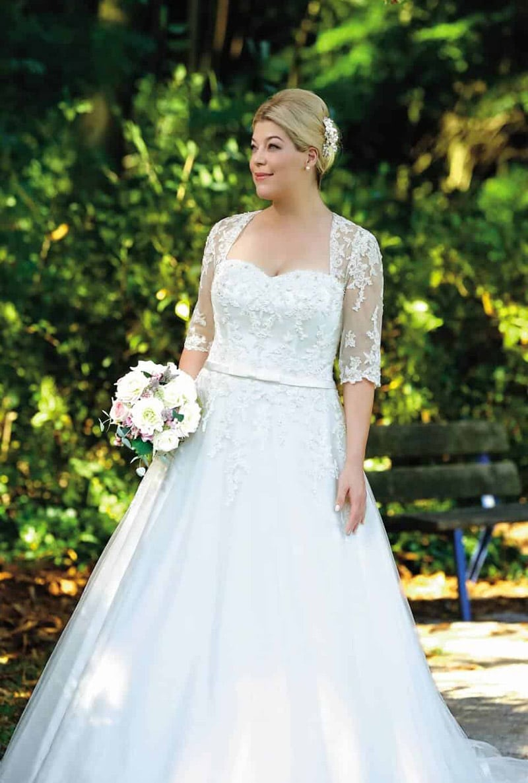 Brautkleider für kleine dicke frauen  Brautkleider Grosse Grössen