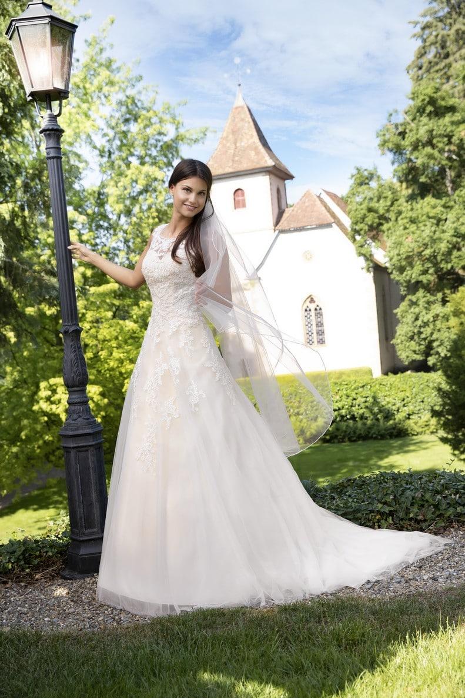 Exklusive Brautmode Fur Sinsheim Braut Tempel