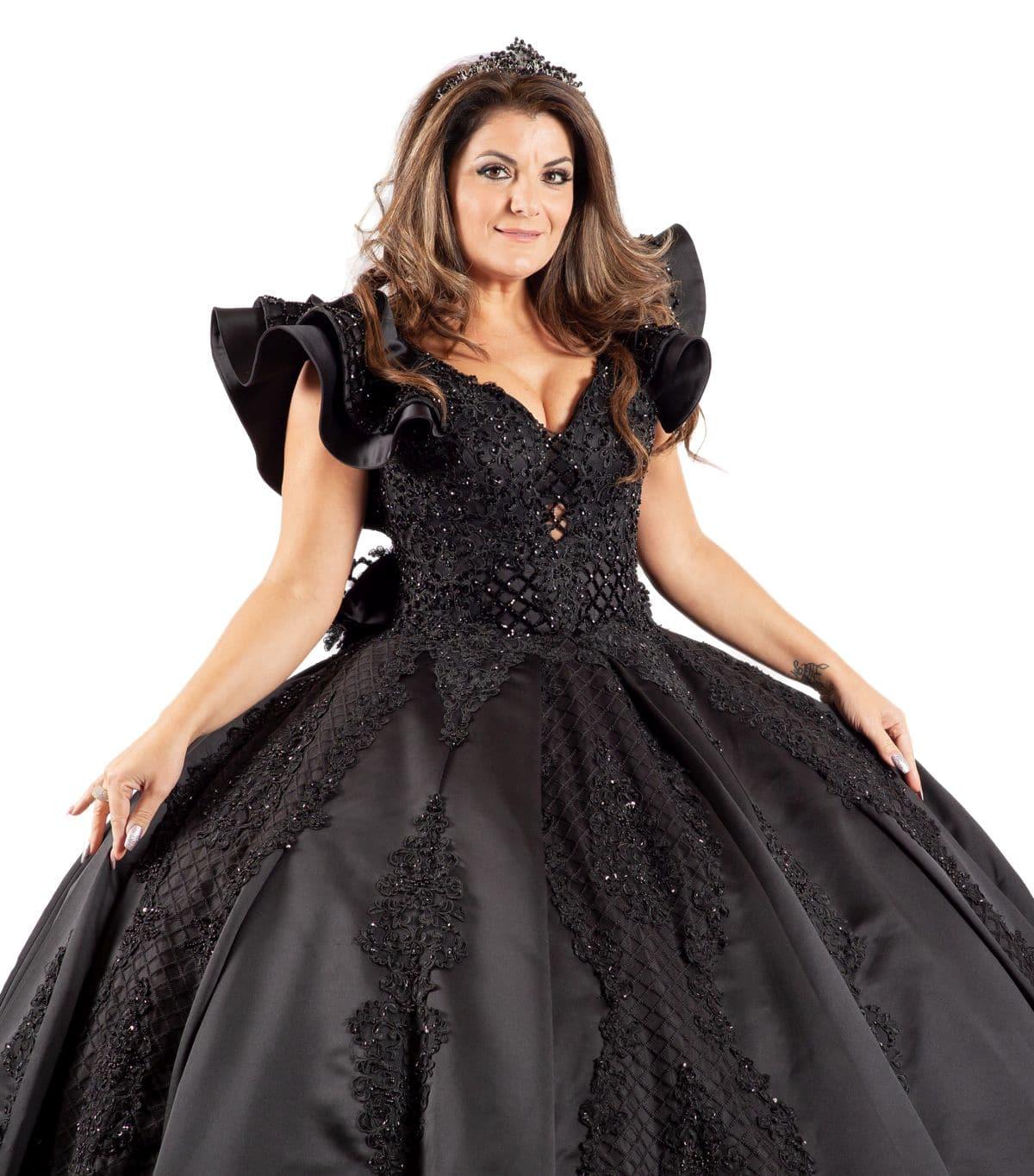 La Diva schwarzes Brautkleid detailansicht