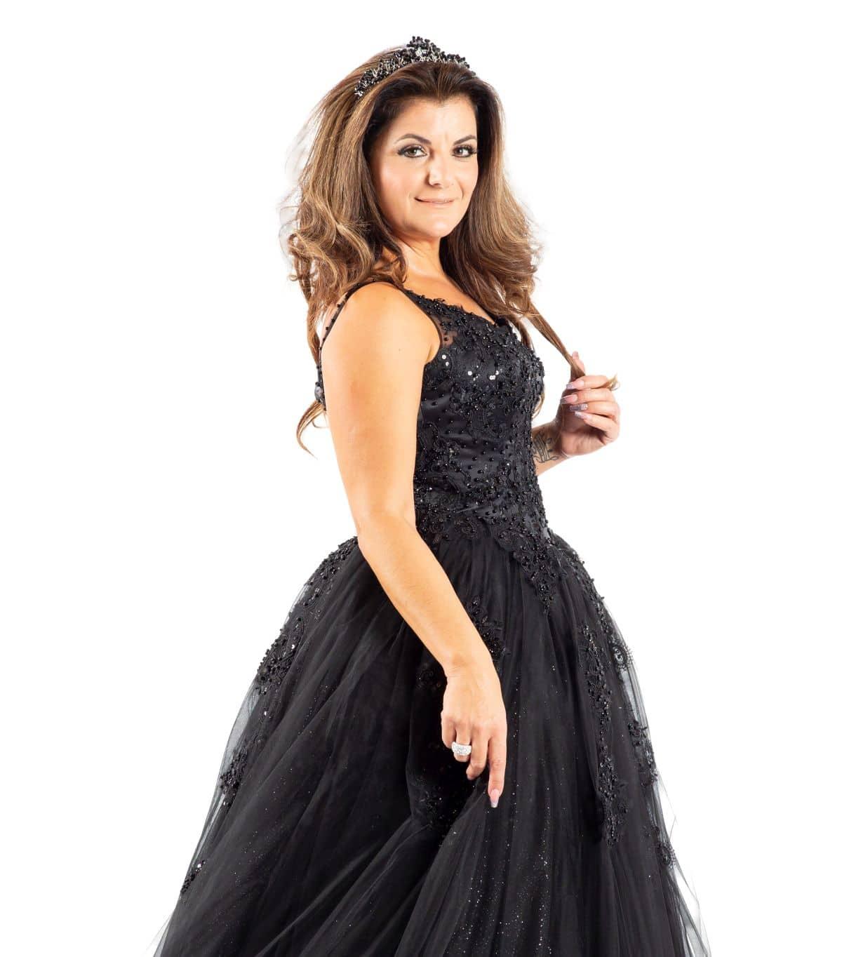 Marina schwarzes Brautkleid detailansicht