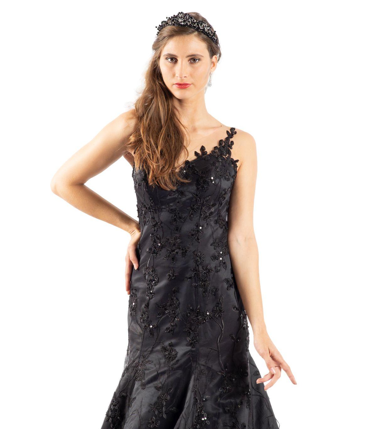 Olcay schwarzes Brautkleid detailansicht