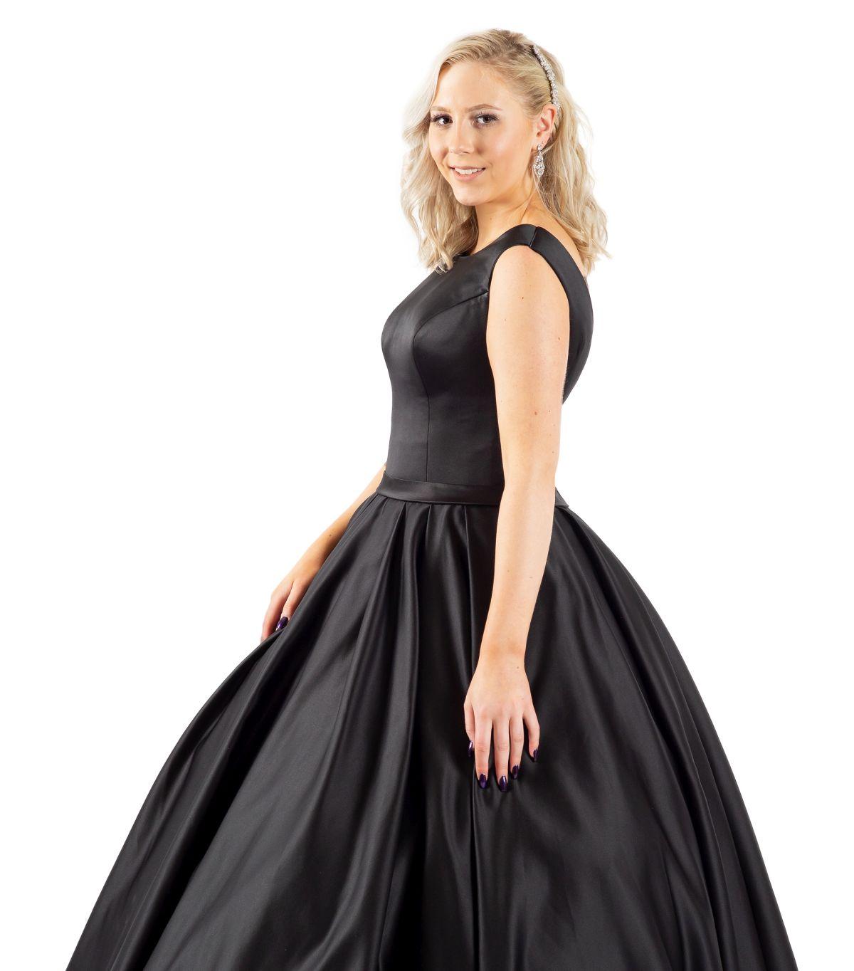 Sarah schwarzes Brautkleid detailansicht